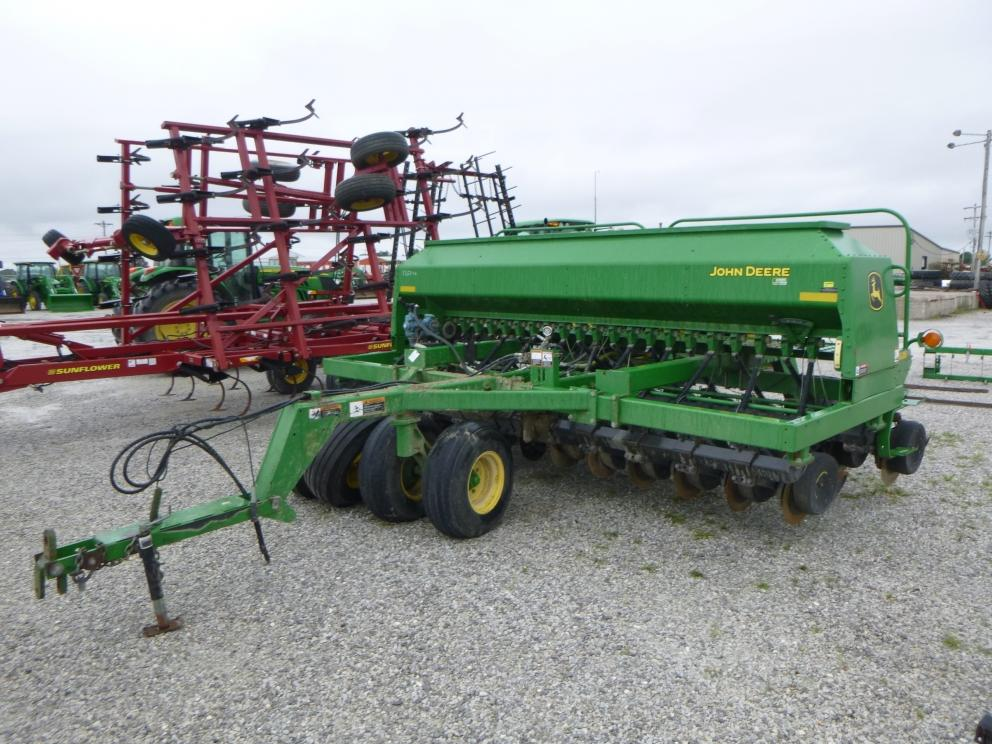 Image for 2008 John Deere 1590