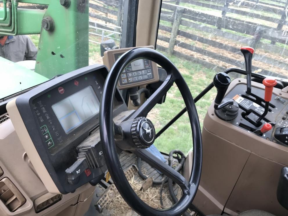 John Deere 7210 tractor, 4,760 hours