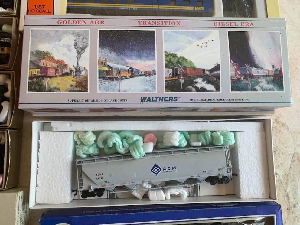Walthers Model Trains & Hopper Car