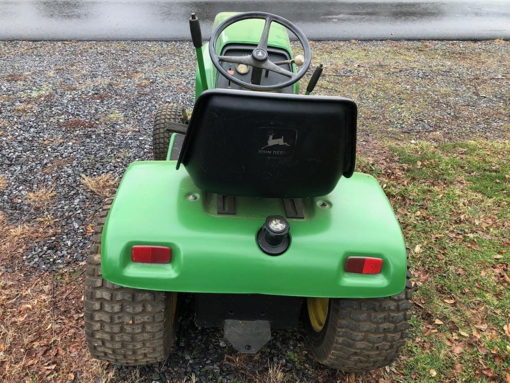 JD 210 with Mower Deck