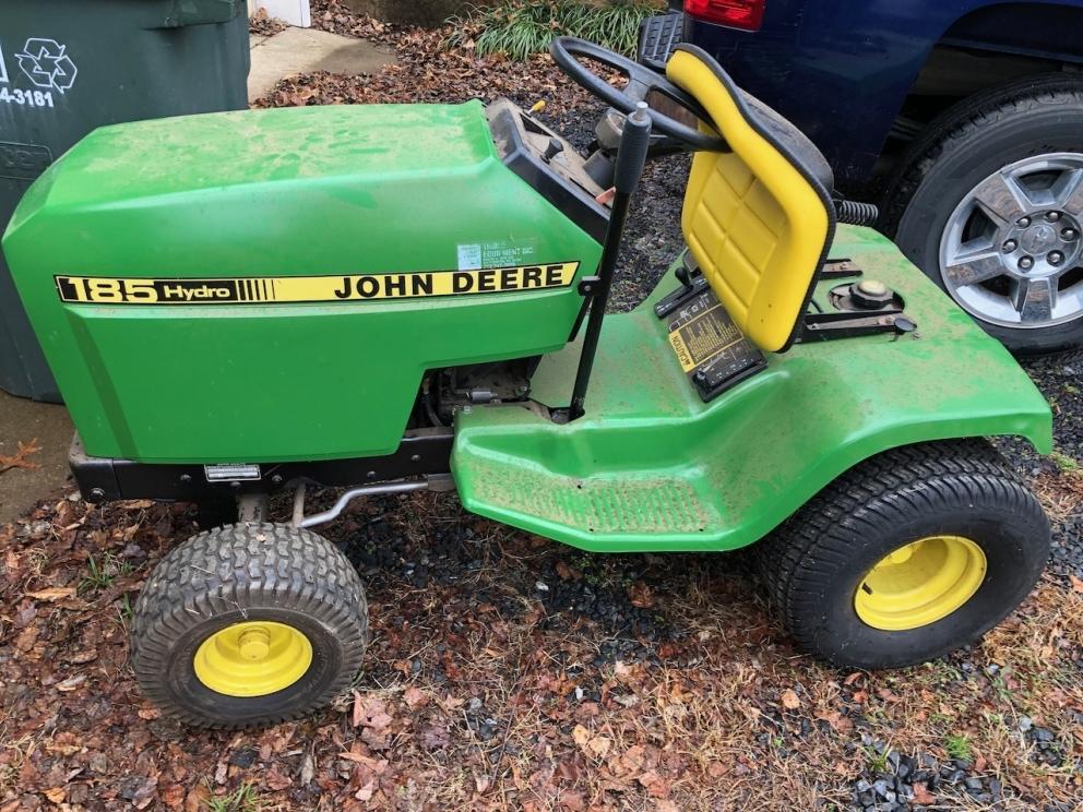 John Deere 185 Hydro Lawn Tractor