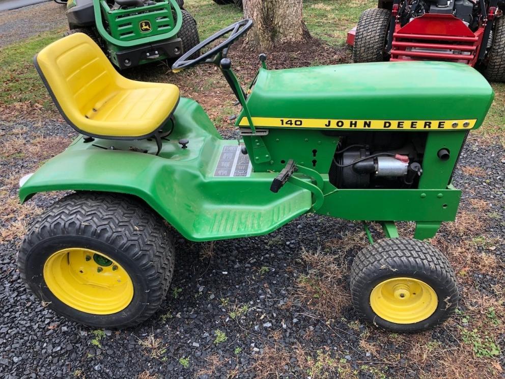 John Deere 140 Tractor