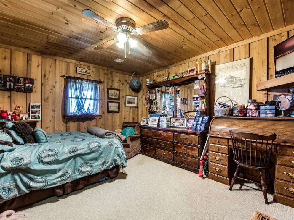 019 bedroom 2