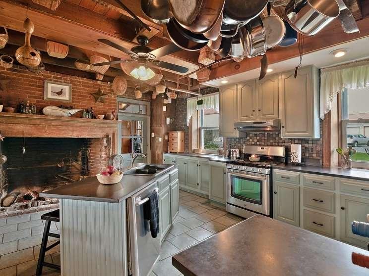 009 kitchen