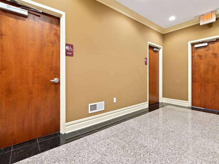 014 1st floor hall