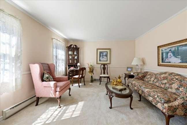 05-formal living room