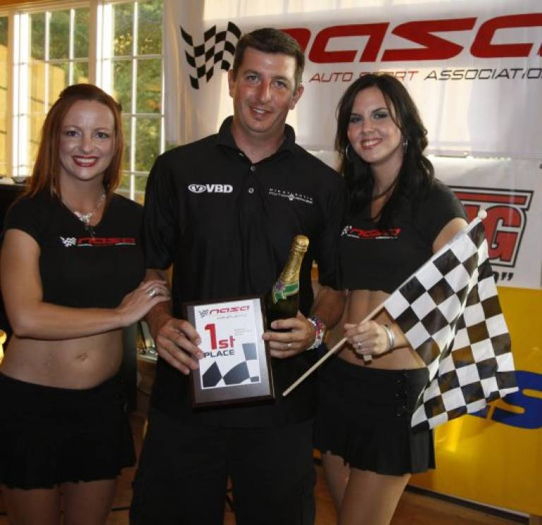 1st place at VIR '09 w/ the lovely trophy girls!