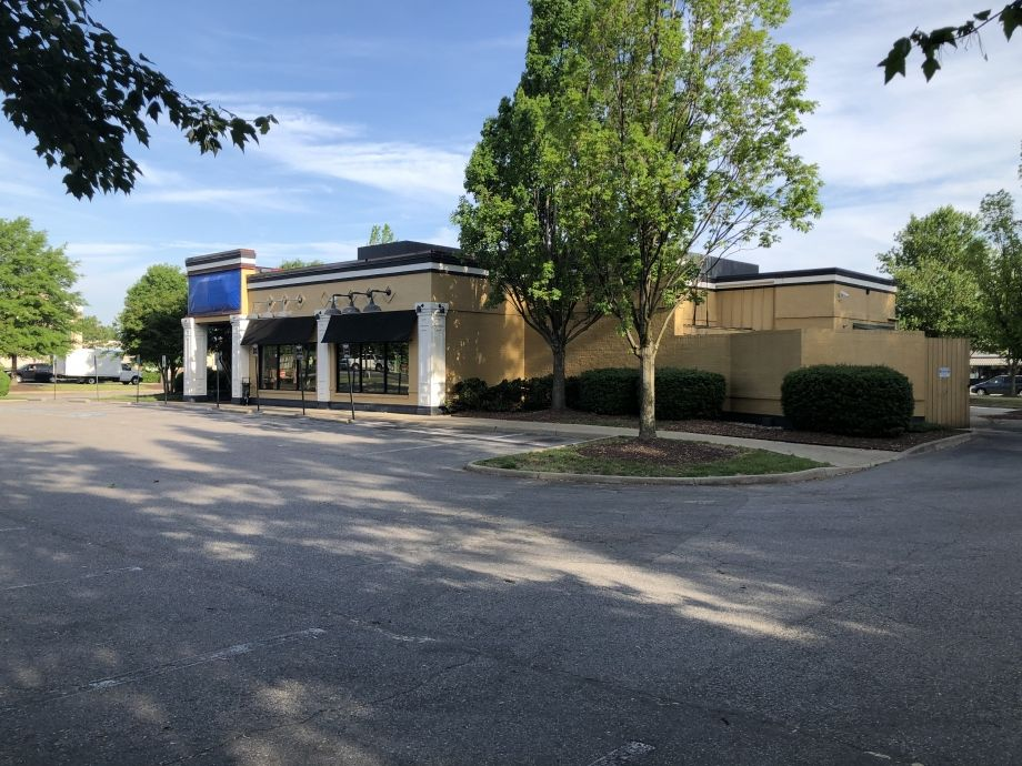 Image for Former Ruby Tuesday for Sale or Lease, 4,688 SF | 1101 Carmia Way, Richmond, VA