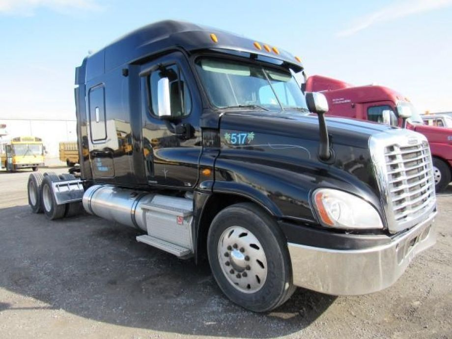 Image for 2011 Freightliner Cascadia T/A Sleeper Road Tractor