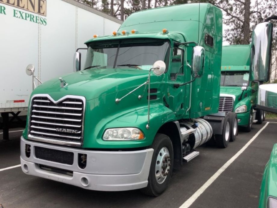 Image for EXTREMELY WELL-MAINTAINED! 2014 Mack CXU613 T/A Sleeper Cab Road Tractor