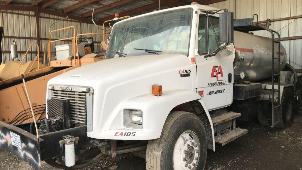 Image for Freightliner fl70 tack truck