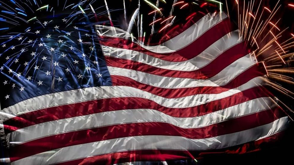 Flag-4th-of-july-fireworks
