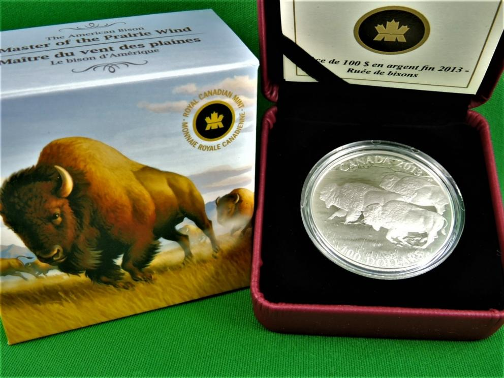 Royal Canadian Mint Issue ... Special $100 Coin