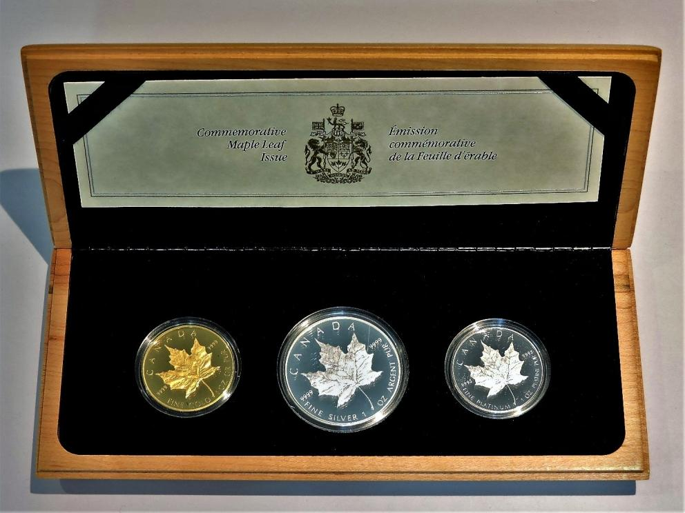1989 Commemorative Maple Leaf Coins