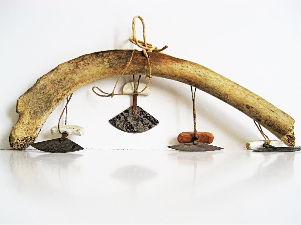 The Hanging Ulus Legendary Knife of the Arctic