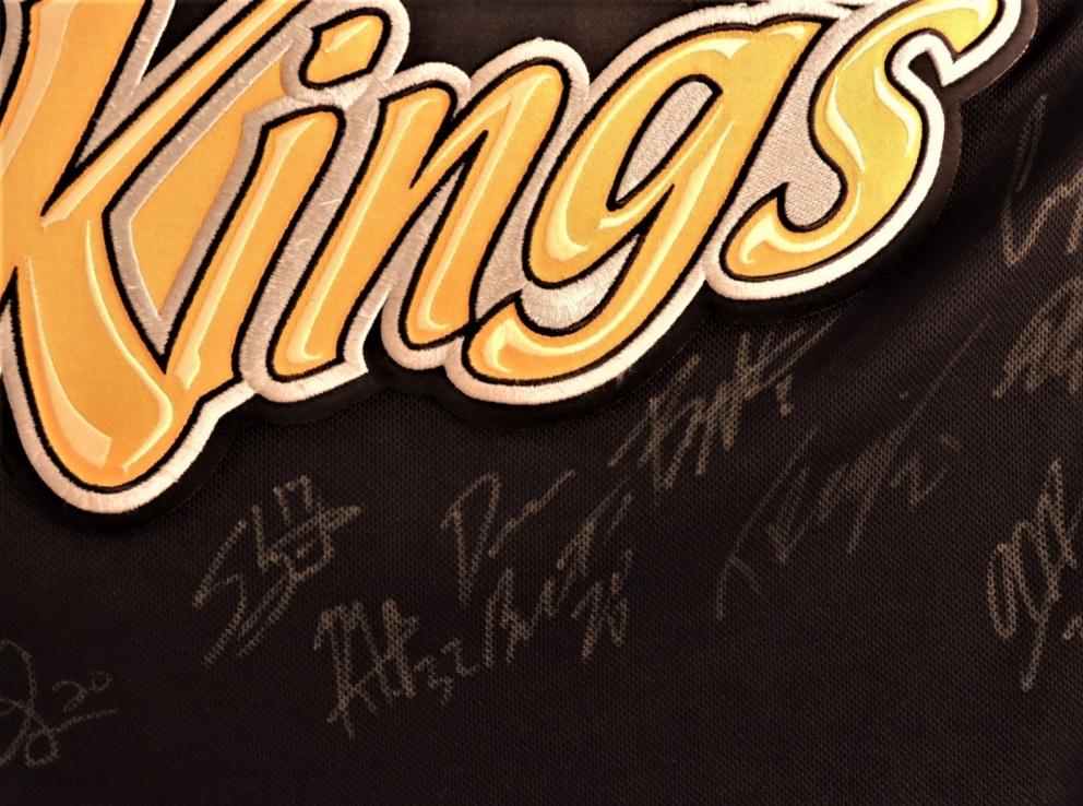 Brnadon Wheat Kings Junior Hockey Canada Jersey Auction