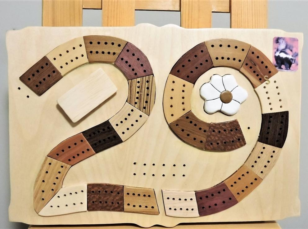 Kirkpatrick Intarsia Cribbage Board