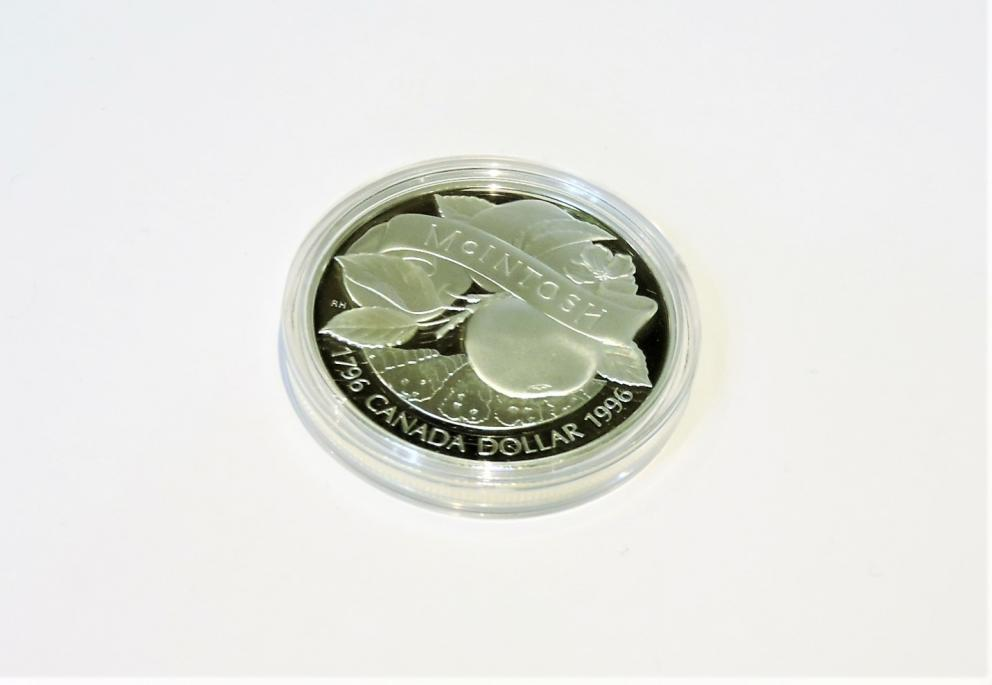 McIntosh Apple Dollar Royal Canadian Mint
