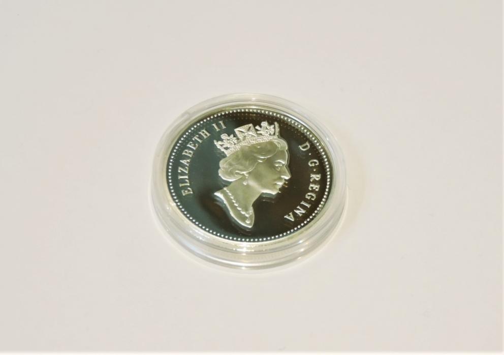 McIntosh Apple Dollar Royal Canadian Mint