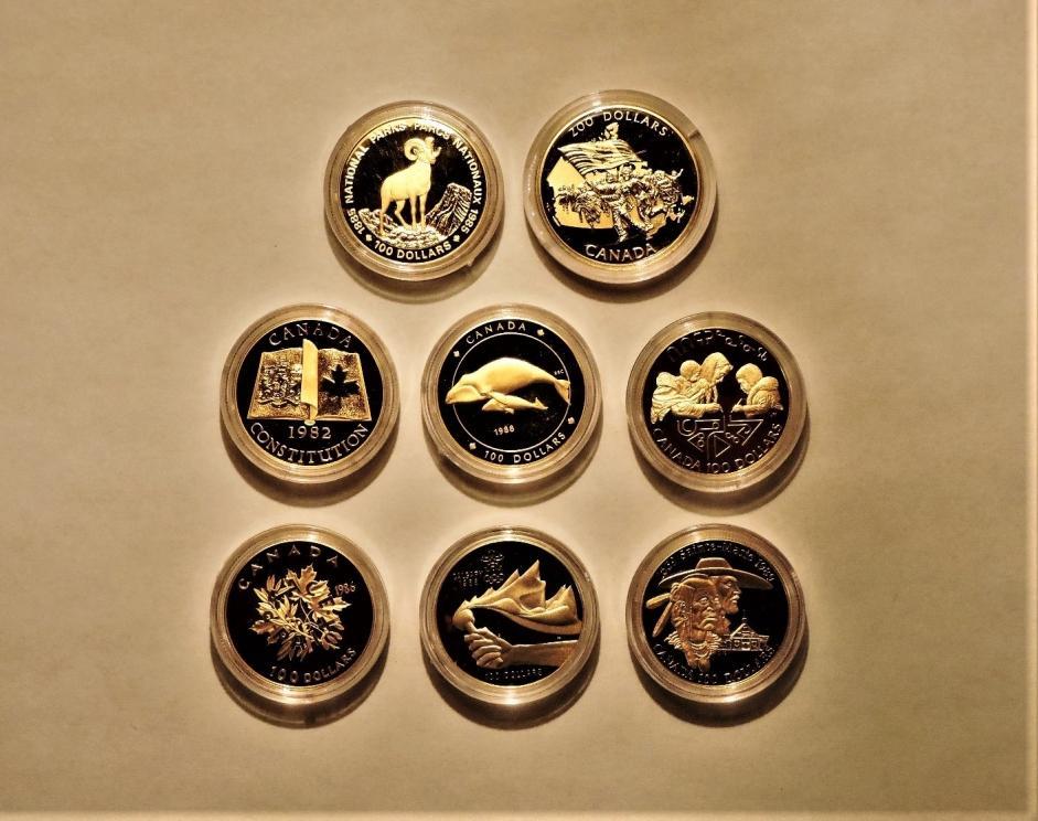 Eight Premium Canadian Gola Coins