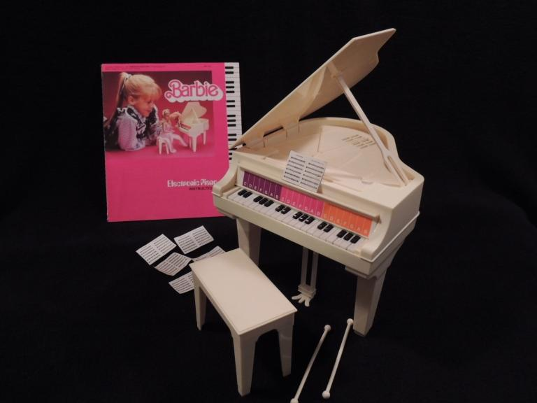 """BARBIE"" ""Electronic Piano"" and ""Dream Vette"""