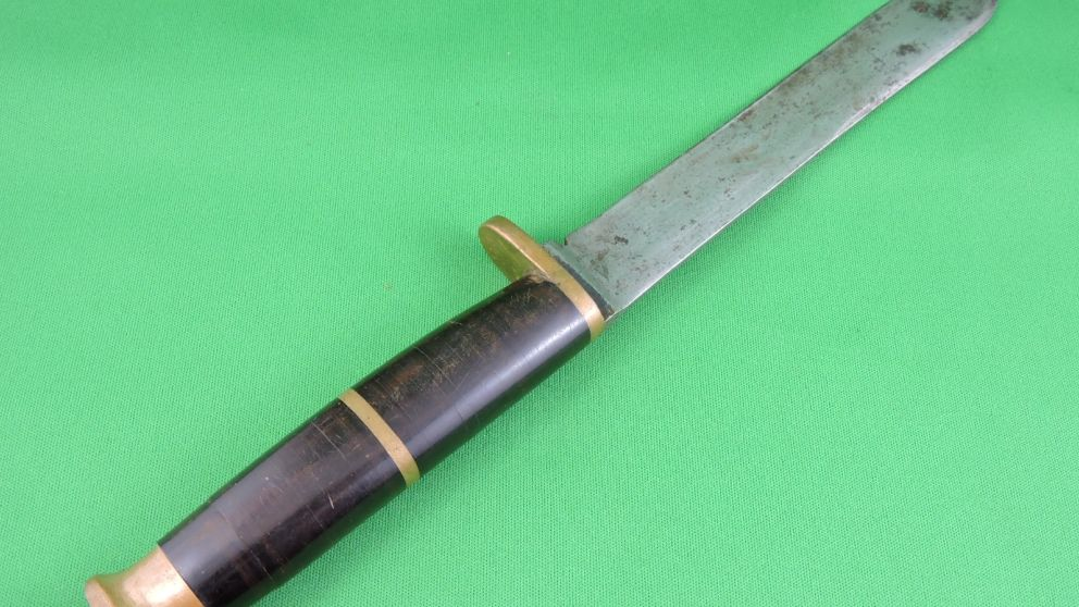 Bayonets, Knives, Swords | Sold Outright
