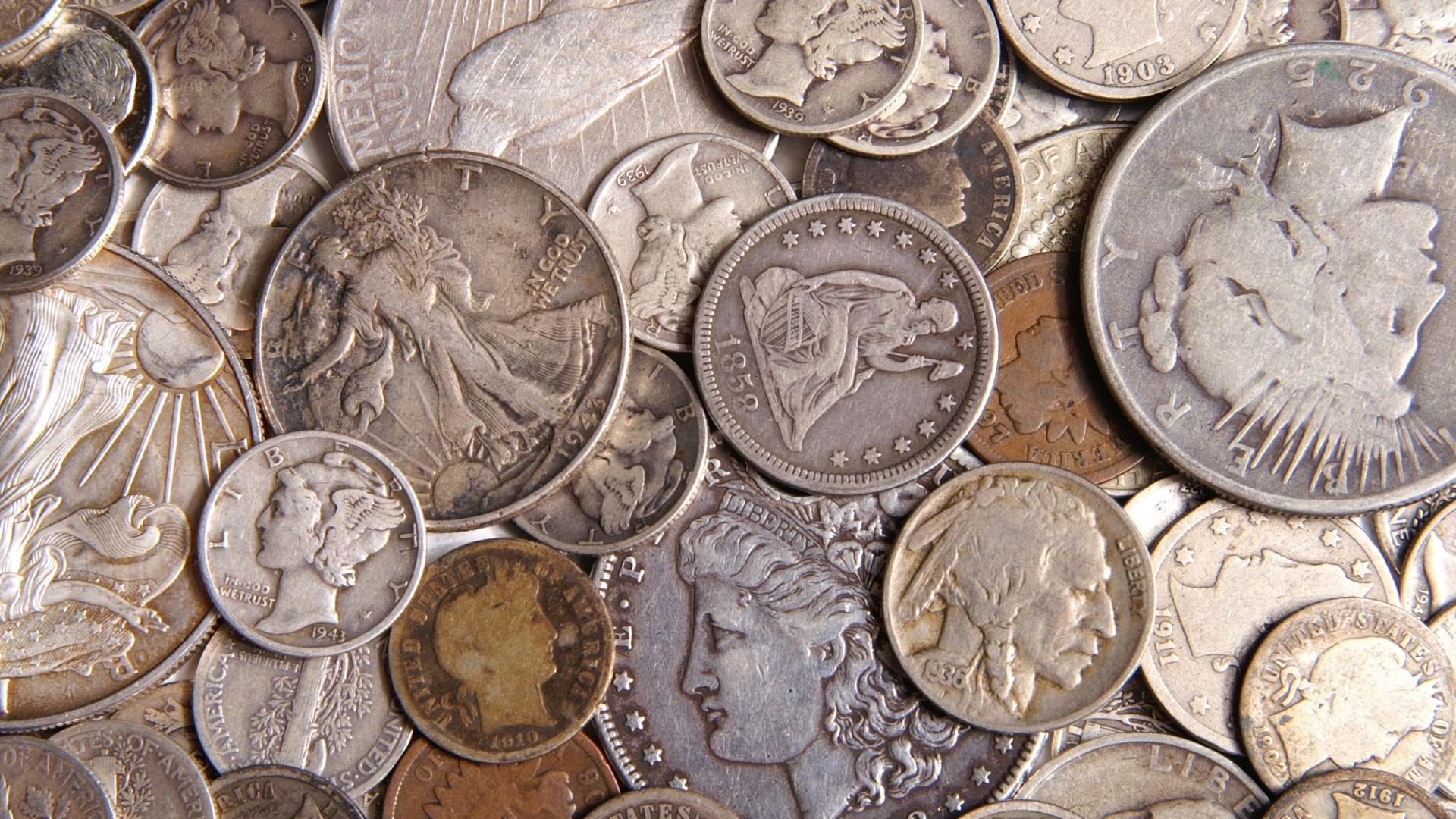 лошади фото старинных монет дорогих и вещей ручного